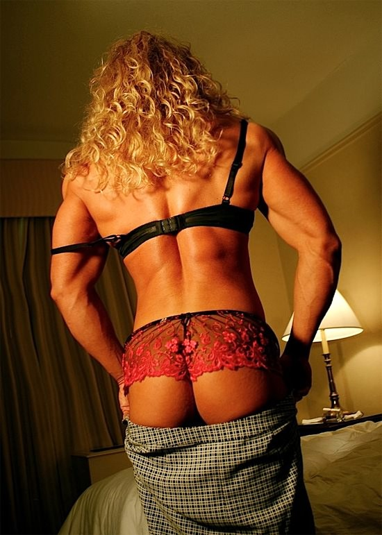 Blond blowjob porn pics